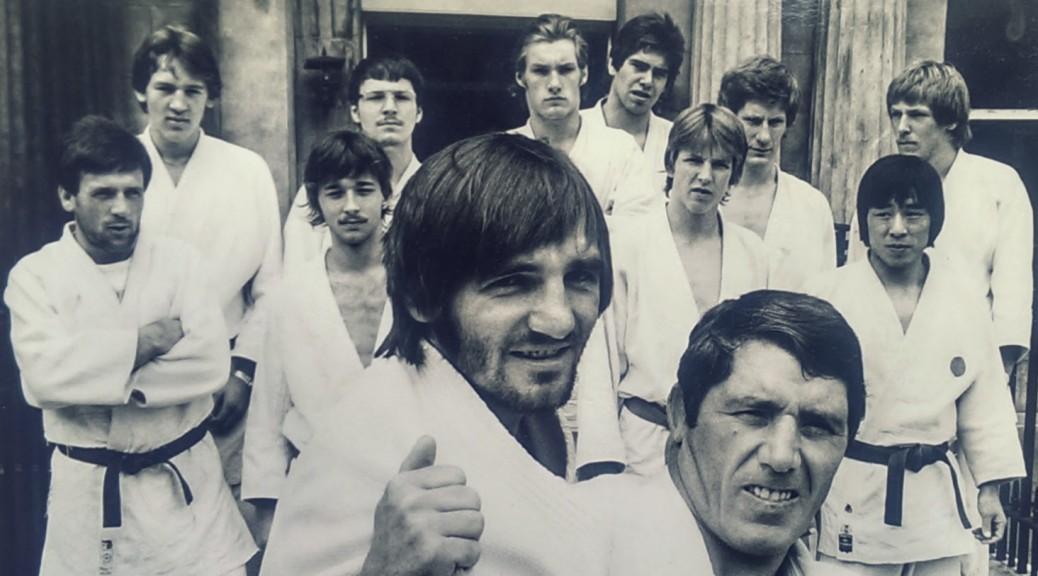 Lutz Lischka als Trainer in London 1978 mit Peter Seisenbacher und George Kerr